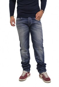 JEANS_FIFTY_FOUR_51f2ae1023796.jpg